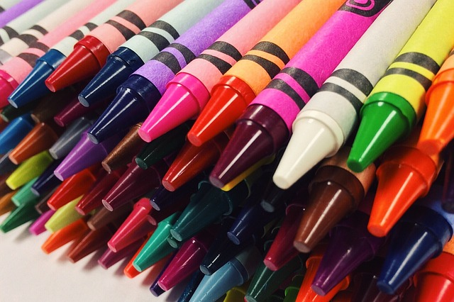 An image of crayons